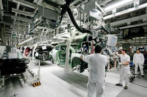 Sistemas de transportadores para manutención e intralogística
